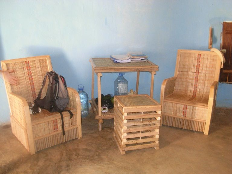 Muebles caba a yakaar africa ong senegal for Muebles africa