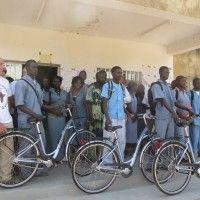 Entrega de bicicletas de Bikes Solidarias en Senegal